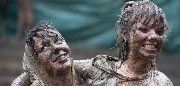 Muddy women Glastonbury